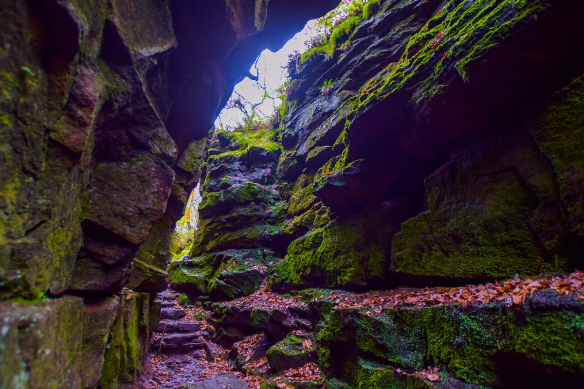 Lud's Church Chasm in Peak District