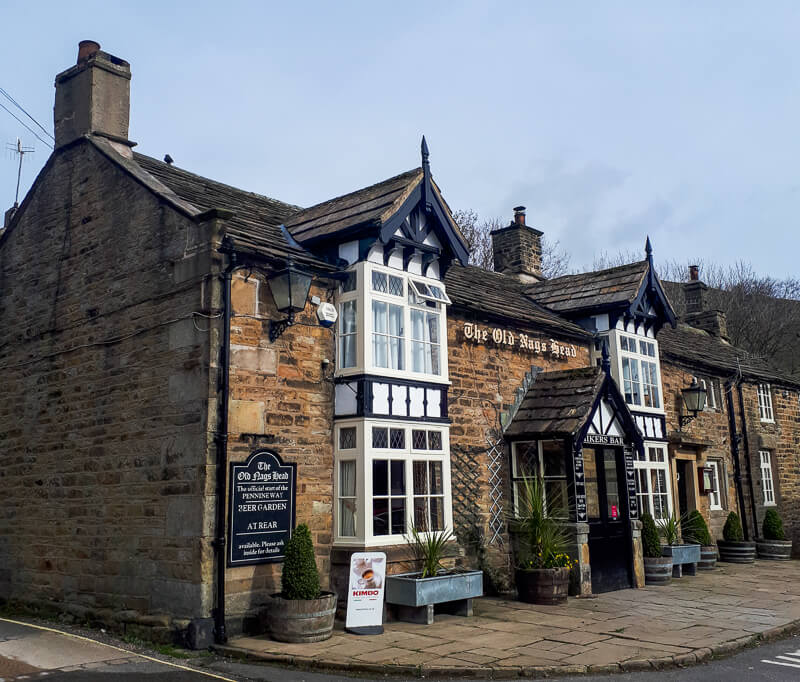 Old Nags Head pub in Peak District