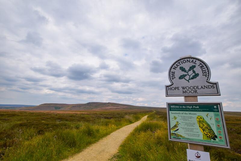 Signpost on Pennine Way