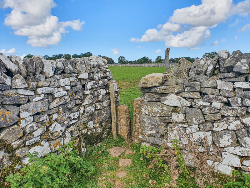 Drystone wall with gap in corner