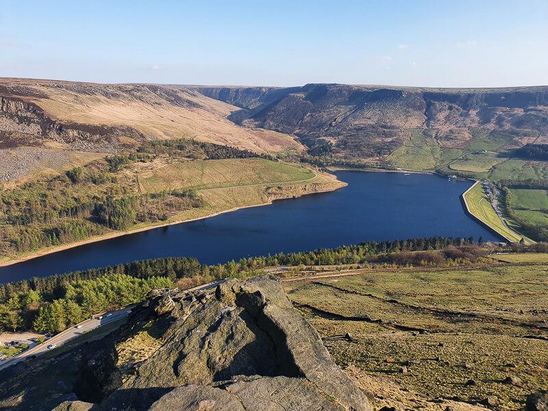 Rocks and water - Dovestone Reservoir from Alderman's Hill
